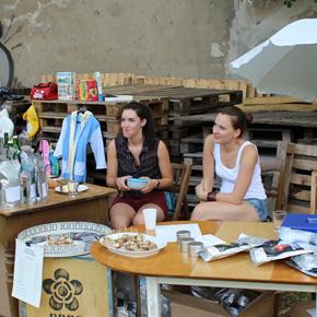 Musik, Trödel, Sonnenschein: Das war der zweite Fairnopoly Flohmarkt